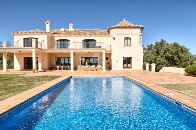 South facing mansion located within Marbella Club Golf Resort
