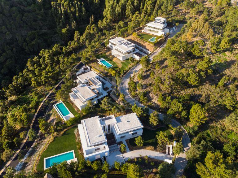 New contemporary villa development ready to move in - El Bosque