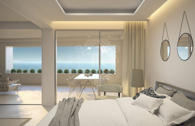 Estepona frontline beach - Luxury by the sea