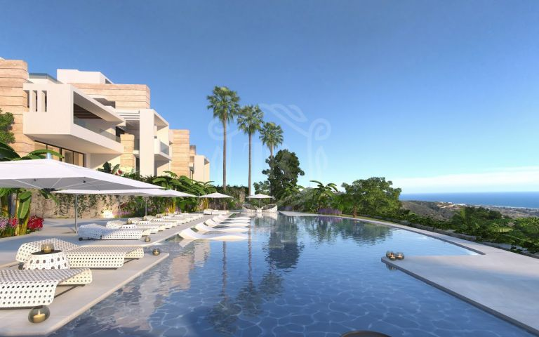 Small complex of 20 apartments on elevated plot - Ojen, Marbella