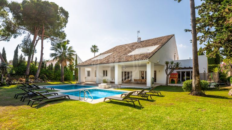 Villa for rent in Villa Marina - Puerto Banús