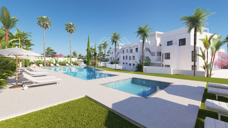 Modern apartment with sea views and walking distance to the beach