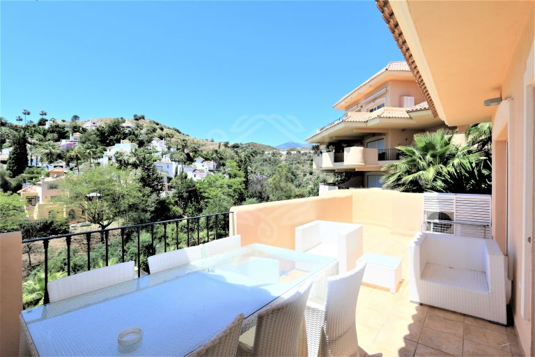 2 beds apartment ,Aloha Hill Club, Nueva Andalucia