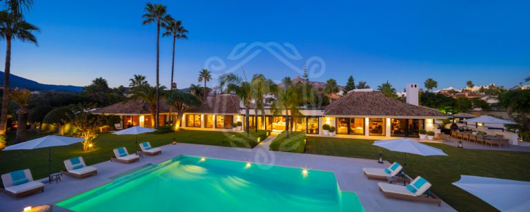Exquisite resort style mansion in a gated community