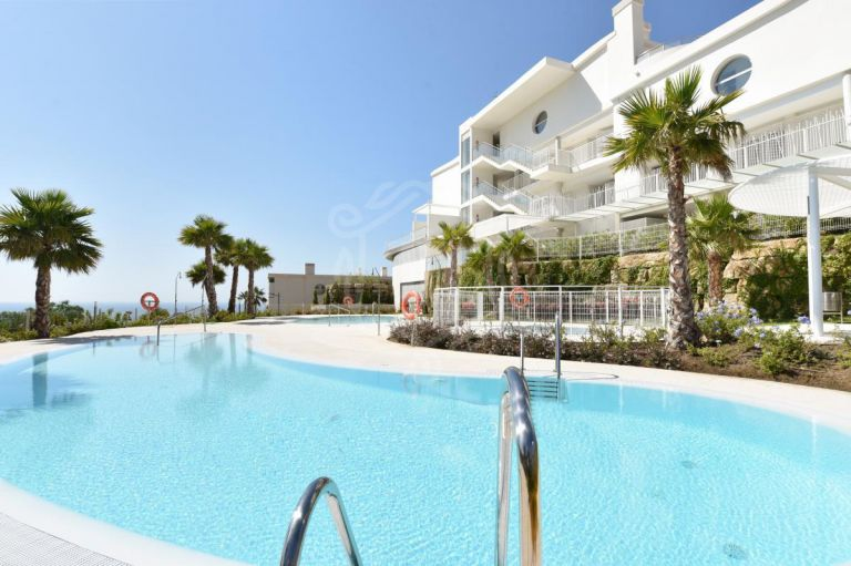 Luxury Residential Apartment In El Higueron,Benalmadena