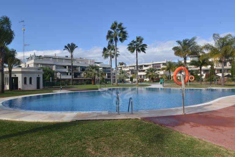 2 beds apartment in Locrimar-Nueva Andalucia
