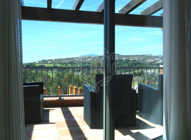 BRAND NEW 3 BEDS PENTHOUSE IN BENATALAYA BENAHAVIS