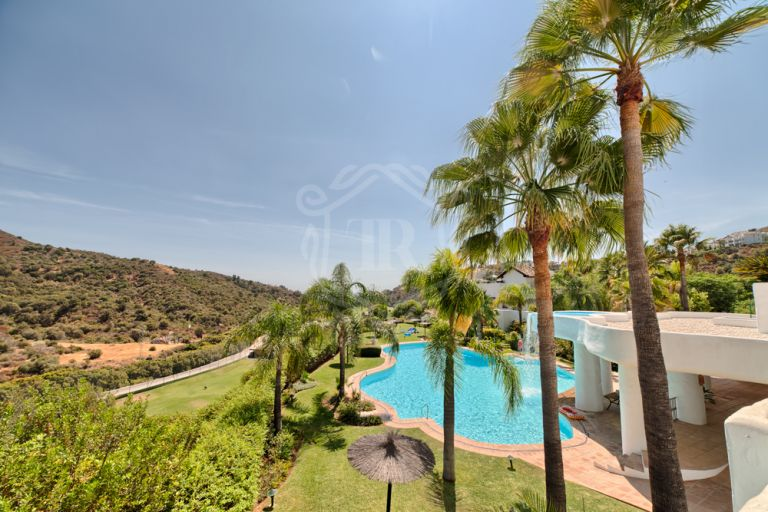 Luxury ground floor apartment in La Quinta with lovely views