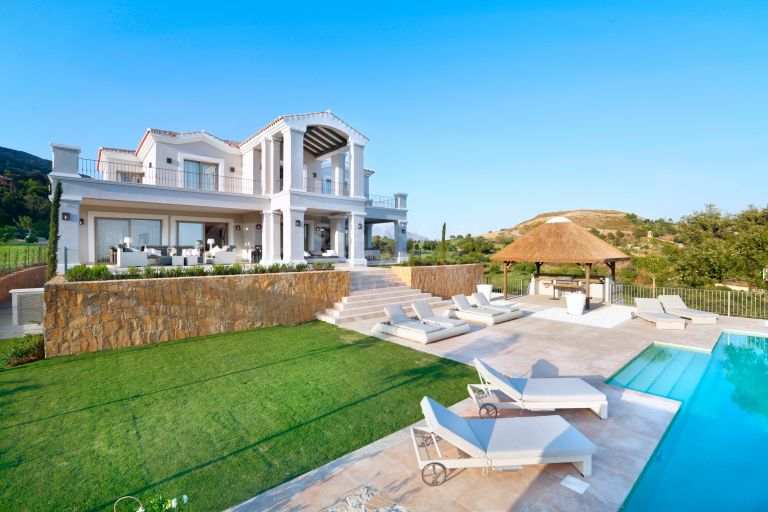 Impressive Frontline Golf Villa in Marbella Club Golf Resort