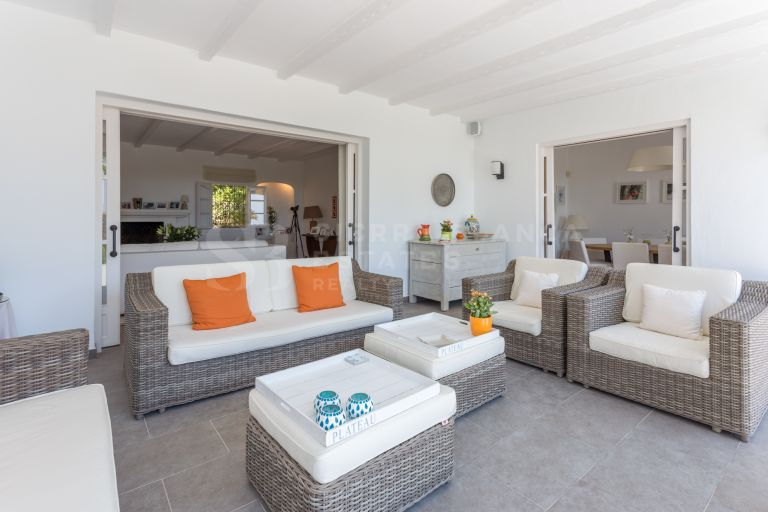 Beautiful Andalusian Style Villa in Puerto del Almendro