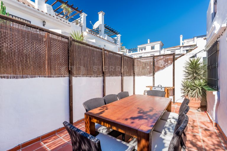 Charming Townhouse in Los Naranjos de Marbella