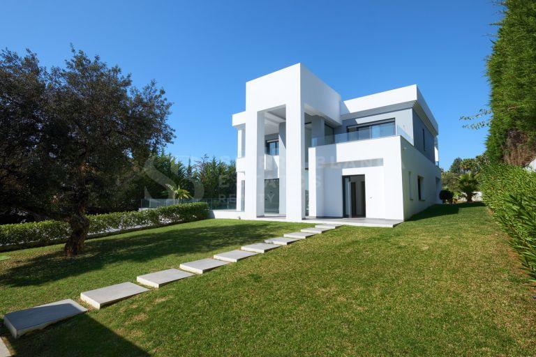 Magnifique Villa Moderne à Hacienda Las Chapas