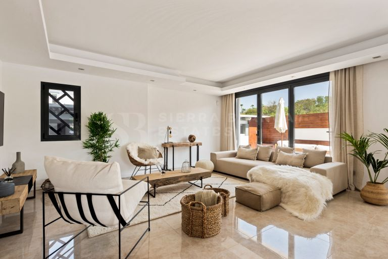 Stylish Villa for Rent in Puerto Banus