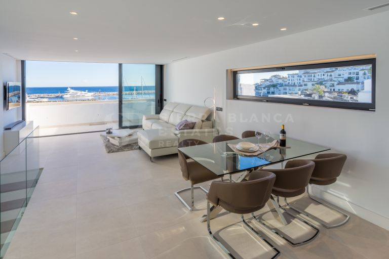 Fantastic Duplex Penthouse in the Heart of Puerto Banus