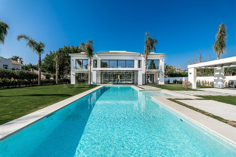 Modern Brand New Villa in Casasola