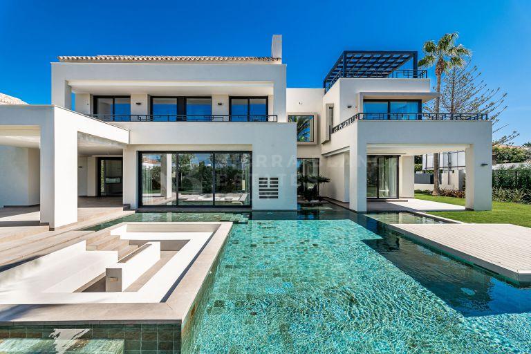 Stunning Luxury Villa in Casasola/Guadalmina Baja