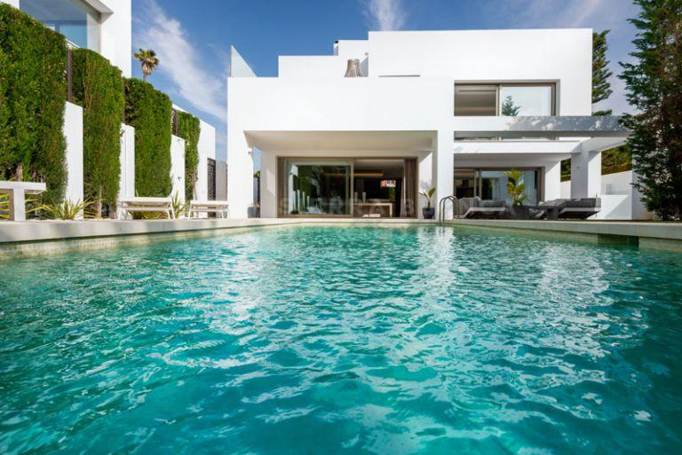 Moderna Villa junto a la Playa