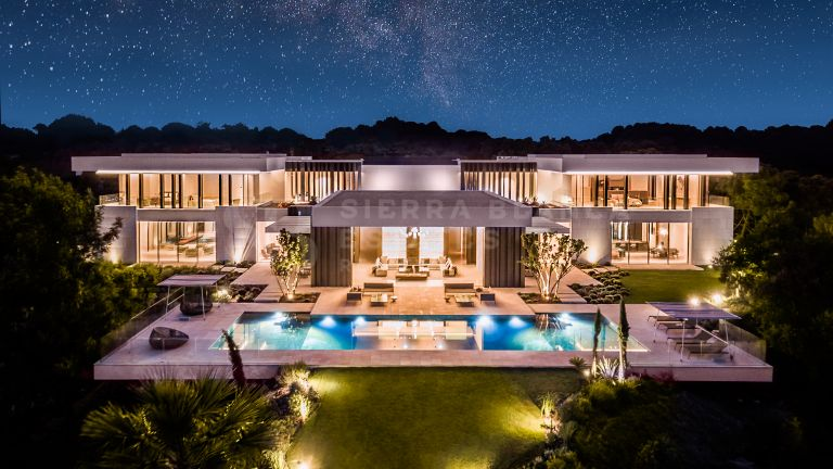 Ultra Modern Masterpiece in La Zagaleta