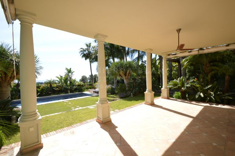 Wonderful Villa in Rio Real Golf