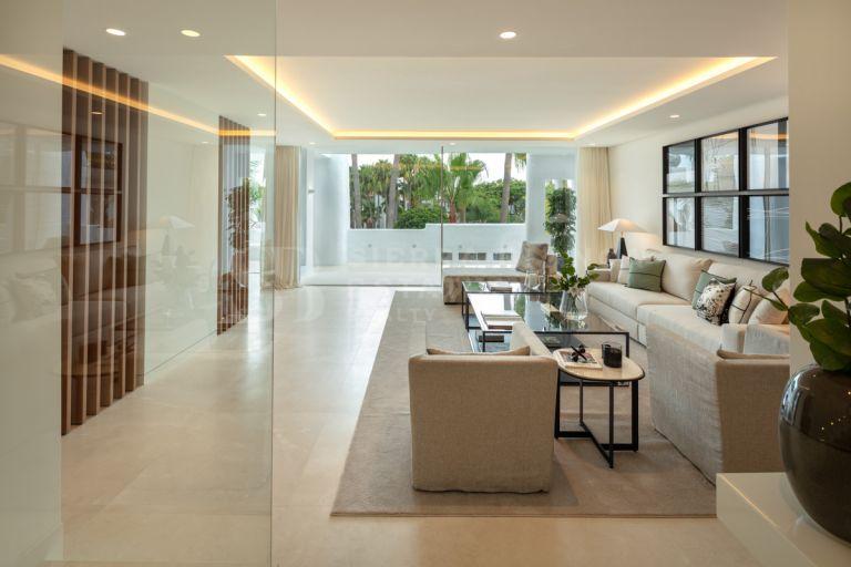 Penthouse en duplex élégant dans le complexe exclusif Puente Romano