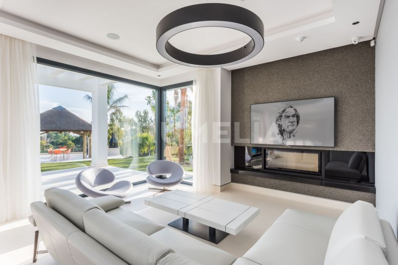 Benahavis, Stunning Luxury Brand-New Contemporary Villa, Los Flamingos Golf, Benahavis