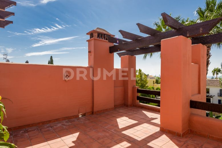 Marbella Golden Mile, Fabulous Townhouse with Character in Monte Marbella Club, Marbella Golden Mile