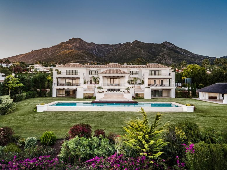 Marbella Golden Mile, New Stylish Luxury Modern Mediterranean Villa, Sierra Blanca, Marbella