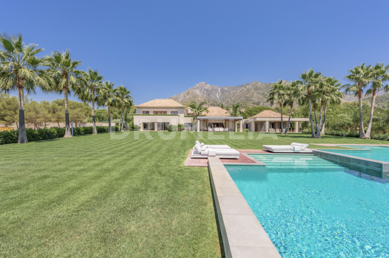 Marbella Golden Mile, Outstanding Mansion at Foothills, Sierra Blanca, Golden Mile