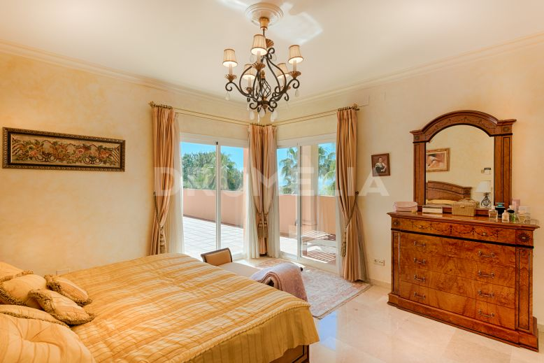 Marbella Golden Mile, Delightful Mediterranean Villa in Altos Reales, Marbella Golden Mile