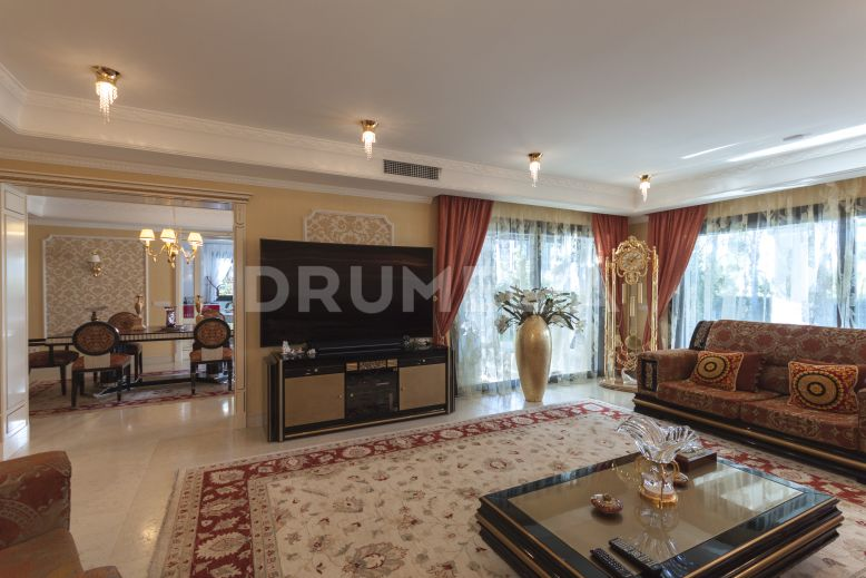 Marbella Golden Mile, Striking Luxury Villa in Las Lomas del Marbella Club, Golden Mile, Marbella