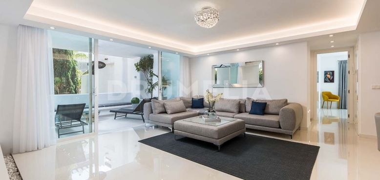 Marbella Golden Mile, Beachside Modern Chic Apartment, Marina de Puente Romano, Marbella Golden Mile
