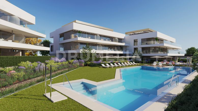 Estepona,  New Superb Contemporary Apartment with Sea Views in Cancelada, Estepona