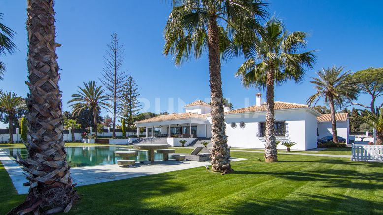 Marbella Golden Mile, Magnificent Luxury Villa in Rio Verde, Marbella Golden Mile