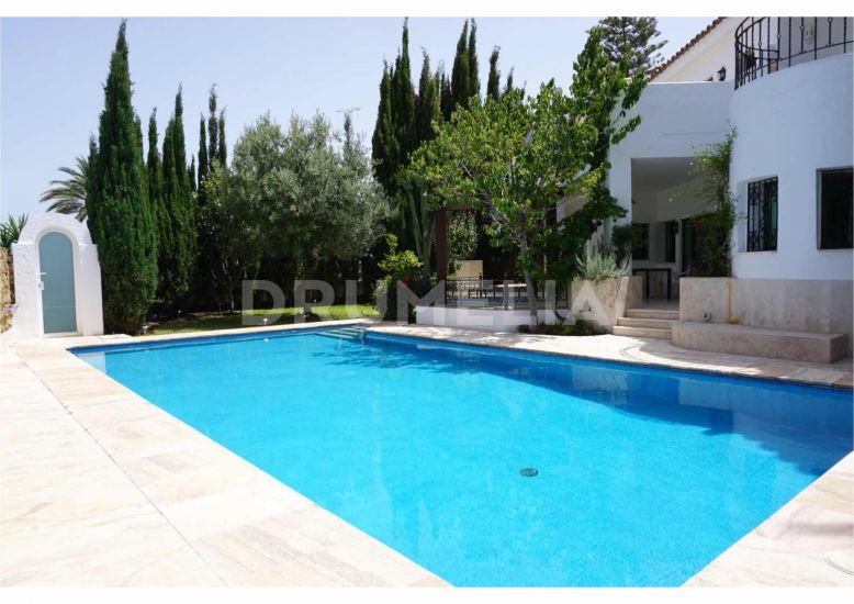 Marbella Golden Mile, Elegant Luxury Villa, Las Lomas del Marbella Club, Golden Mile