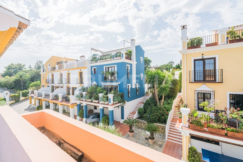Marbella Golden Mile, Exquisite Townhouse in La Solana de Nagüeles, Marbella Golden Mile, Marbella