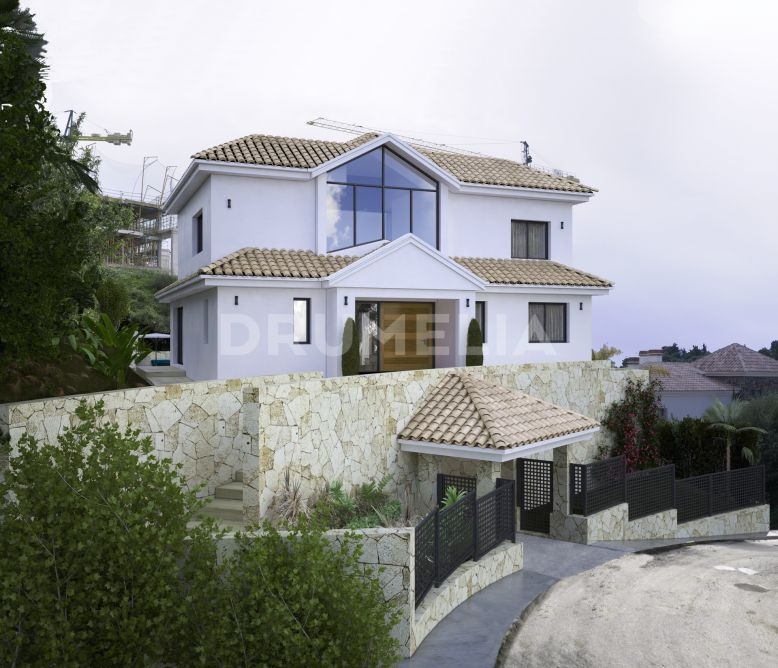 Benahavis, Superb Plot with Modern Luxury Villa Project and Sea Views, Capanes Sur