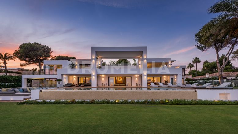Estepona, Truly Breath-taking Modern Villa by Sea, El Paraiso Barronal, Estepona