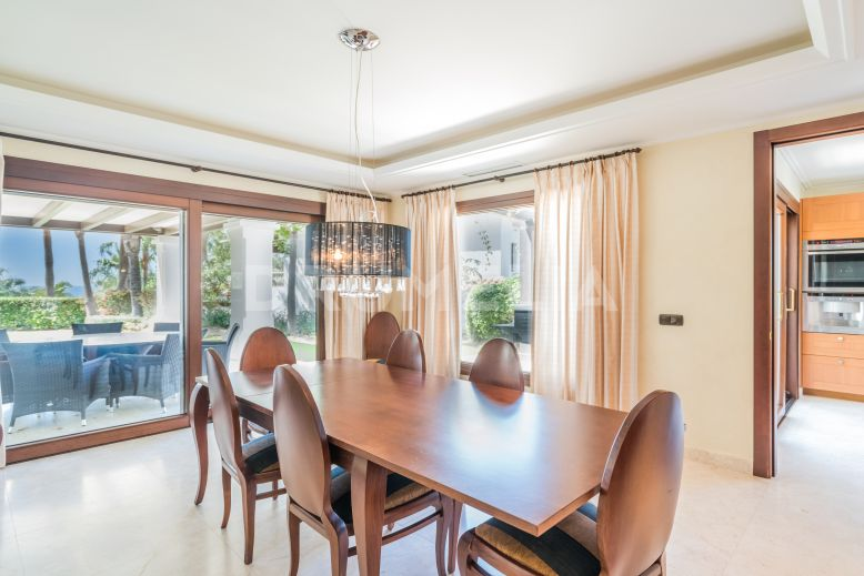 Marbella Golden Mile,  Elegant Luxury Villa, Las Lomas del Marbella Club, Marbella Golden Mile