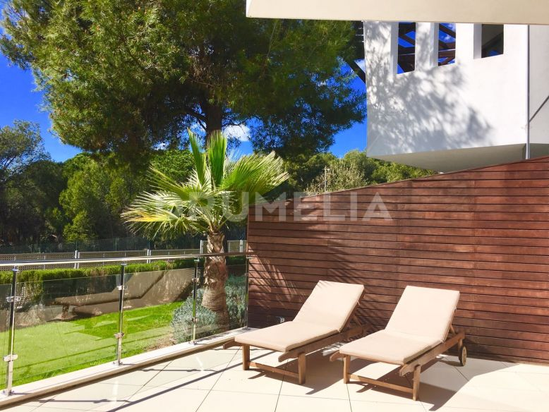 Marbella Golden Mile, Magnificent Modern 3-level Town House in Meisho Hills, Marbella Golden Mile