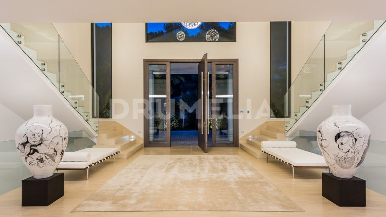 Marbella Golden Mile, Truly Outstanding Modern Mansion, Cascada de Camojan, Marbella Golden Mile