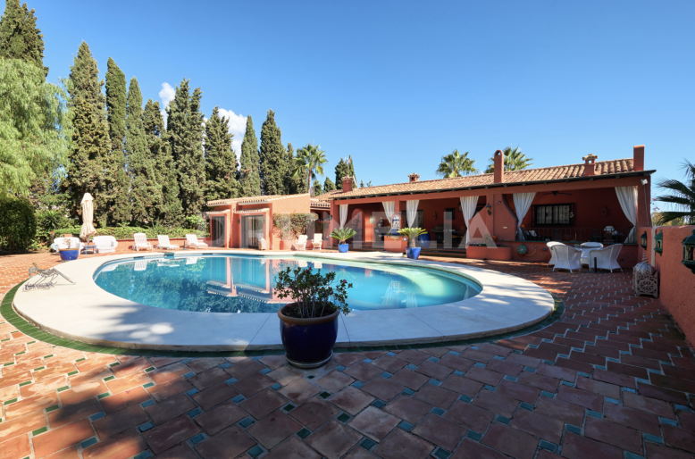Marbella Golden Mile, Magnificent Mediterranean Luxury Villa, Rio Verde, Marbella Golden Mile