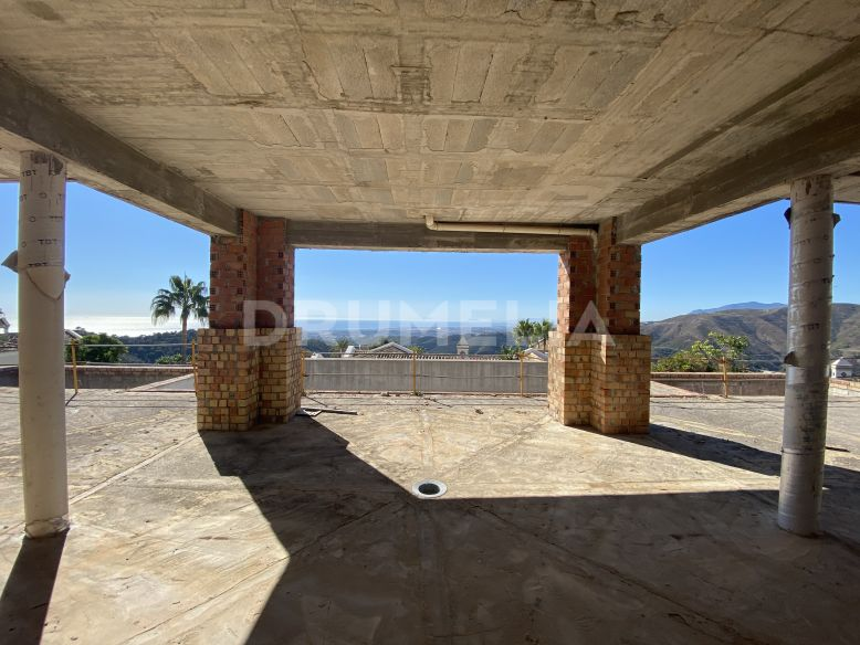 Istan, Great Opportunity, Structure with the best views in Sierra Blanca Country Club, Istan