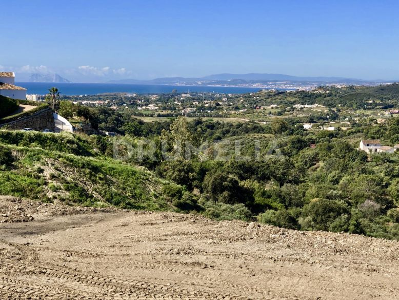 Estepona,  Excellent Large Plot with Views in La Panera, New Golden Mile