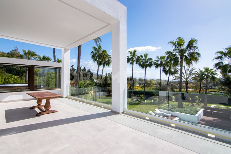 Marbella Golden Mile, Impressive Contemporary Style Luxury Villa, Rio Verde, Marbella Golden Mile