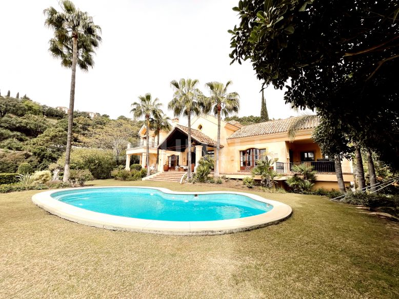 Benahavis, Impressive Andalusian Villa with Panoramic Views in Zagaleta, Benahavis