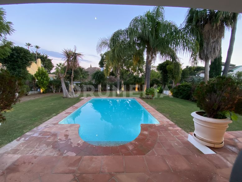 San Pedro de Alcantara, Renovated High- End Mediterranean Villa in Guadalmina Baja, San Pedro