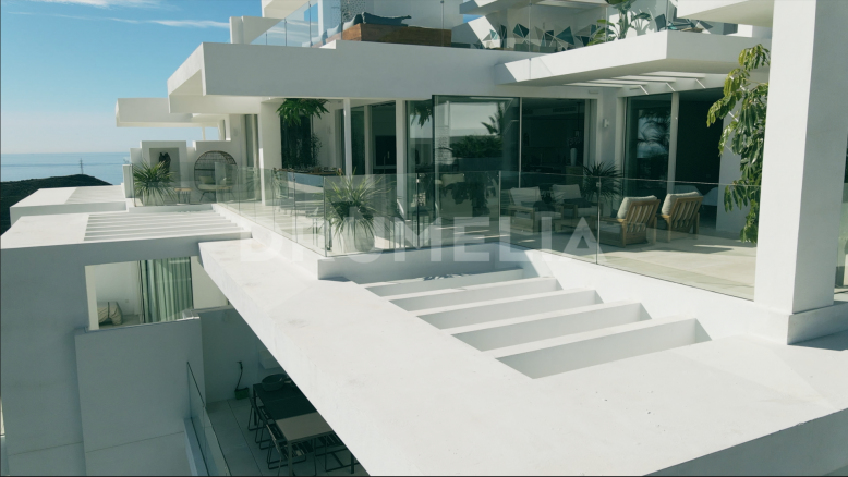 Marbella, Stunning, Fully Furnished New Luxury Penthouse, Palo Alto, Ojen-Marbella