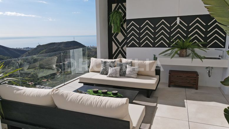 Marbella, New Modern  Elegant Apartment in Palo Alto, Ojen-Marbella (Turnkey Project)