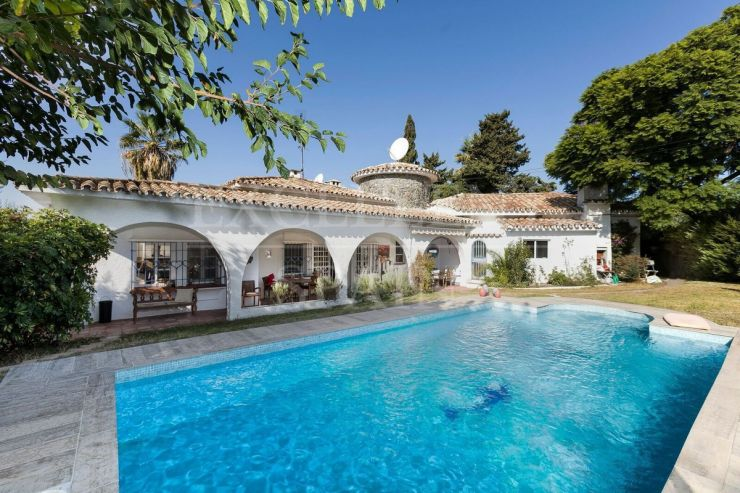 Linda Vista Alta, charming villa at a short walk to San Pedro de Alcantara