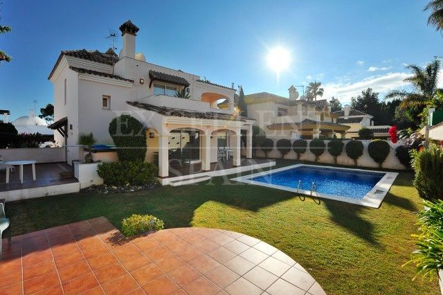 Altos del Rodeo, Nueva Andalucia, Marbella, villa for sale